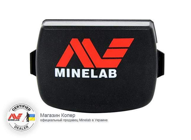 minelab-ctx-3030-photo-review-obzor-replaceable-battery-pack